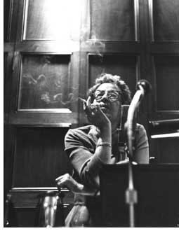 arendt-smoke-full1